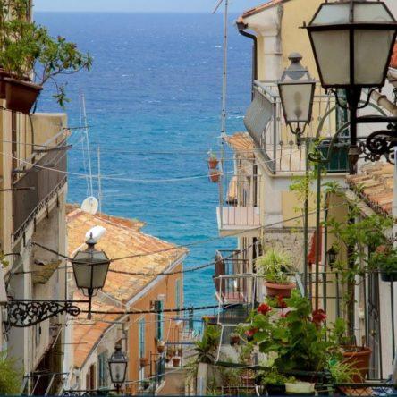 La Calabria raccontata da Expedia. Un viaggio emozionante tra storia e bellezza