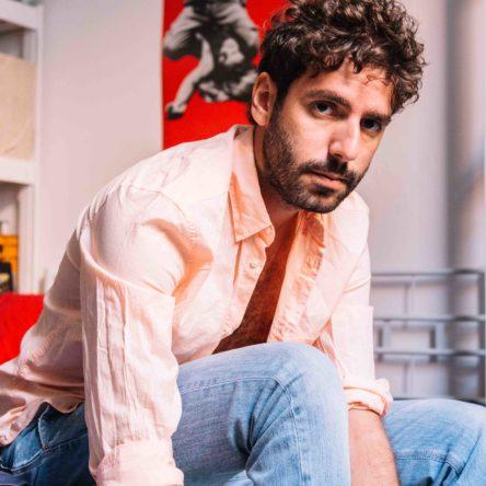(Ita) Intervista al cantautore calabrese Federico Cimini