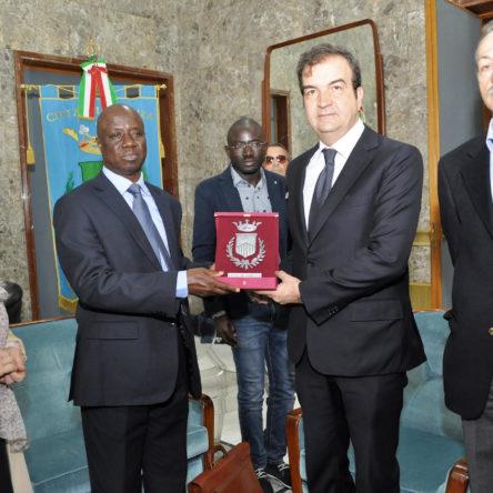 L'ambasciatore del Senegal in visita a Cosenza