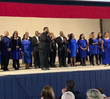 (Ita) Gran concerto di Capodanno a Roccella Jonica per composition of Praise Gospel Choir