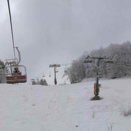 Grazie alle ultime nevicate riaprono gli impianti sciistici del Villaggio Palumbo Sila