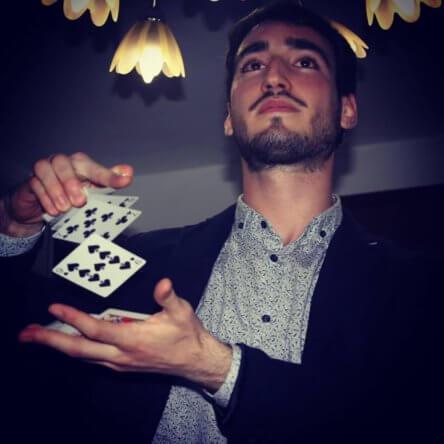 Giandomenico Morello, il giovane calabrese che ha sognato la magia, trasformandola in lavoro