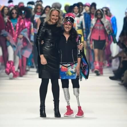 Giusy Versace in passerella a Berlino per lanciare un forte messaggio di inclusione sociale