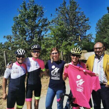 La Ciclovia dei Parchi percorsa da Paola Gianotti, la donna più veloce al mondo ad aver circumnavigato il globo in bici
